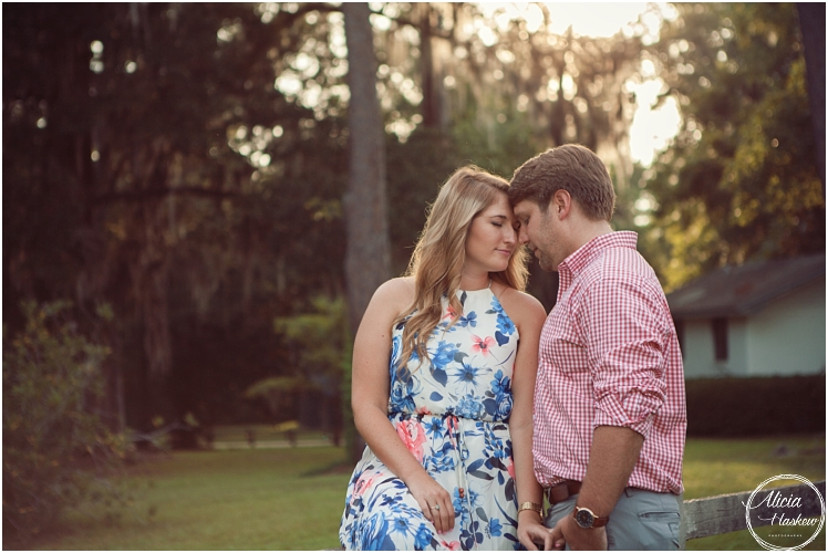 Jessica & Blake | Pebble Hill Engagement Session